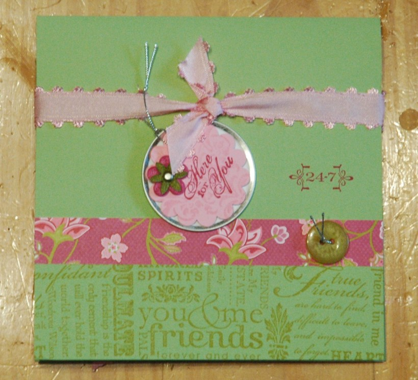 Folding Scrapbook - Friends 24/7